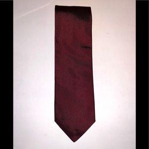 EUC💚CELINE💚Burgundy Silk Tie. Made in Italy